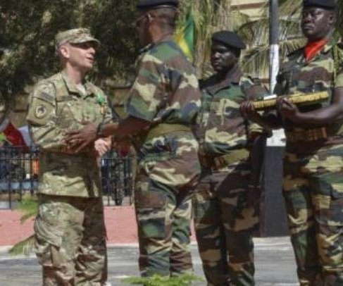 Boko Haram and Islamic State collaborating, military leaders say