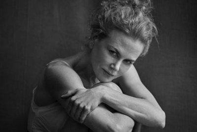 Nicole Kidman, Julianne Moore go makeup-free for Pirelli calendar