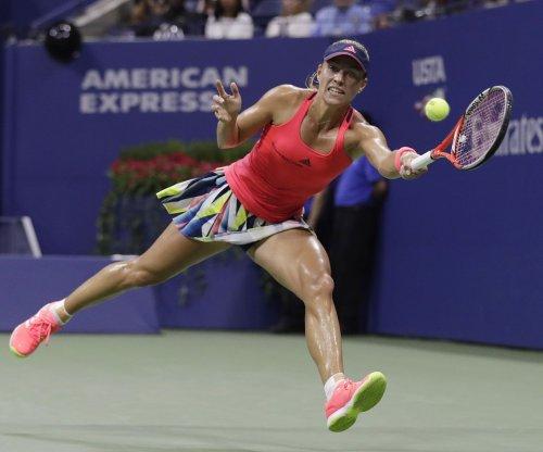 PRESS BOX: No. 1 Angelique Kerber, No. 2 Simona Halep both lose