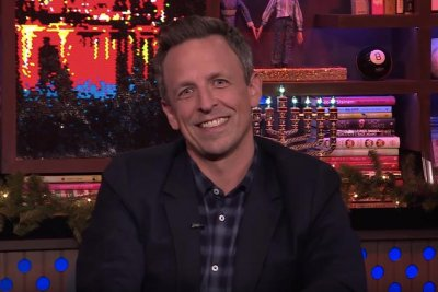 Seth Meyers reacts to Julia Louis-Dreyfus' criticism of 'SNL'