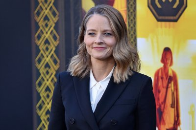 Jodie Foster to receive Cannes Film Festival's honorary Palme d'Or