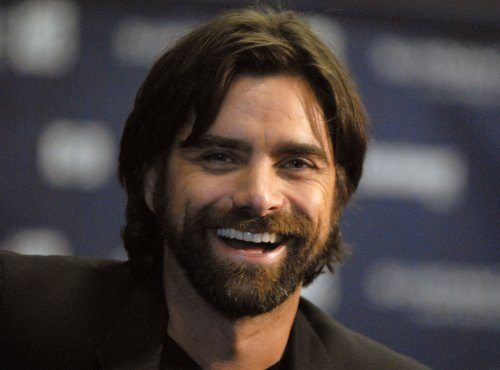 Stamos to star in 'Killing Mr. Kissel'