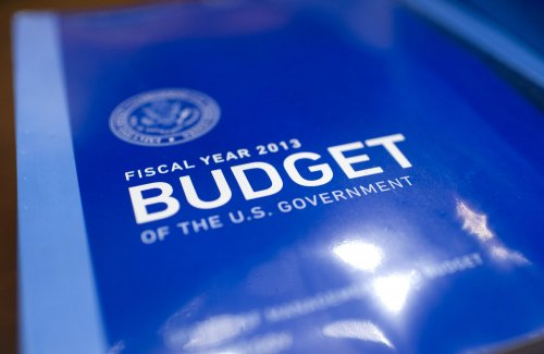 Obama: Budget would shrink deficit by $4T