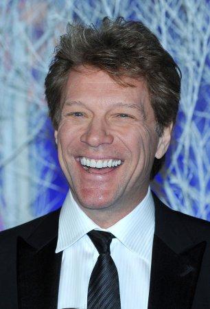 Jon Bon Jovi says he'd keep the Bills in Buffalo