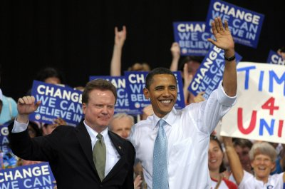 Former Democratic Sen. Jim Webb considers presidential run
