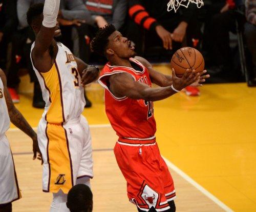 Jimmy Butler, Chicago Bulls beat up on Oklahoma City Thunder