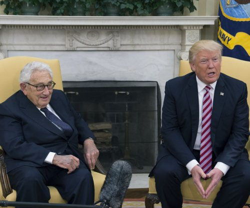 Trump has unscheduled meeting with Kissinger