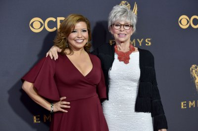 Pop TV picks up 'One Day at a Time' for Season 4