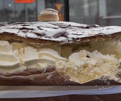 Swedish bakery cooks up 661-pound semla bun