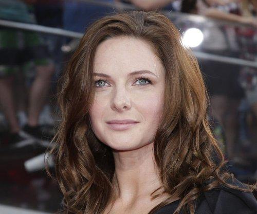 Rebecca Ferguson joins Emily Blunt in 'The Girl on the Train'