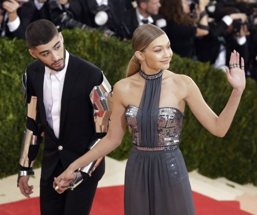 Gigi Hadid, Zayn Malik make red carpet debut as couple