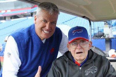 Buddy Ryan dies at 82