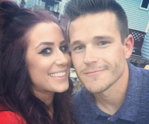 'Teen Mom 2' star Chelsea Houska expecting baby boy