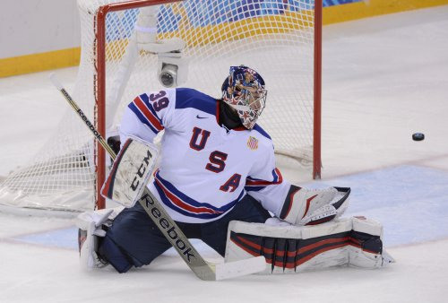 U.S. clinches berth in Olympic hockey quarterfinals