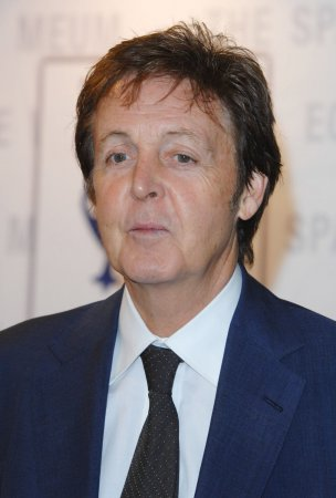 Mills wishes Macca's gal pals 'luck'