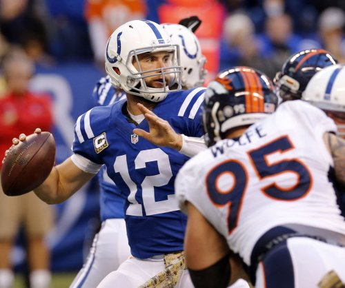 Indianapolis Colts' Andrew Luck aiming for Week 17, playoffs or no playoffs