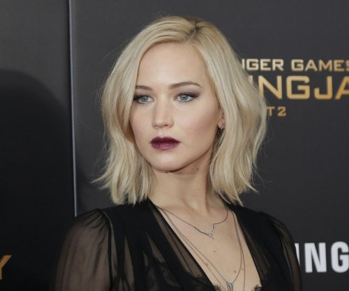 Jennifer Lawrence always 'drunk and disappointed' on NYE