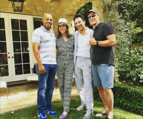 'Scrubs' stars Zach Braff, Donald Faison reunite for Easter
