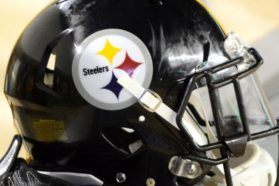 Steelers G DeCastro ruled out of MNF matchup