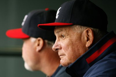 Former Atlanta Braves manager Bobby Cox hospitalized after possible stroke