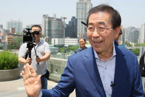 South Korea mayor says he'll pursue humanitarian aid to North