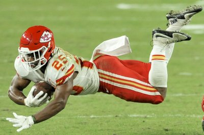 Chiefs RB Edwards-Helaire out at least 2 weeks with ankle injury