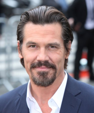 Josh Brolin to narrate History series