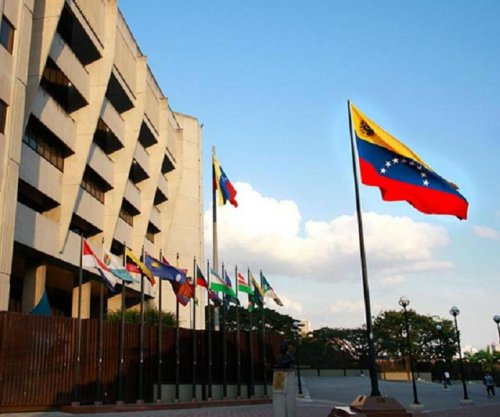 Venezuela's highest court rules against shorter Maduro term