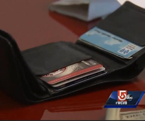 Stolen wallet returned 8 years later with $141 cash still inside
