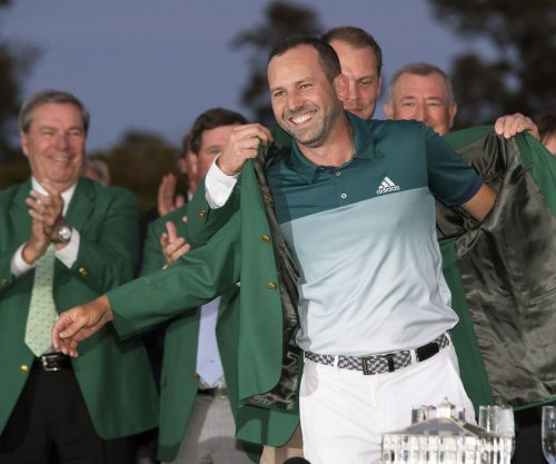"Golf notebook: ""Thrift store green jacket"" mystery unraveled"