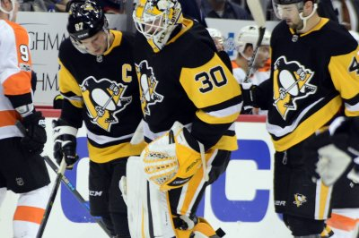 Matt Murray: Pittsburgh Penguins G injured in collision