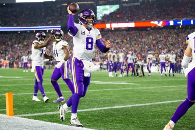 Vikings' Stefon Diggs hasn't 'given up' on QB Kirk Cousins