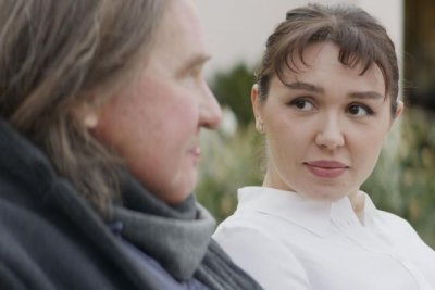 Art imitates life for Val Kilmer, daughter Mercedes, in 'Paydirt'