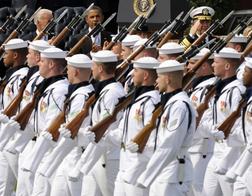 Romney calls for bigger U.S. Navy