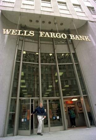 Wells Fargo expects $3B first quarter gain