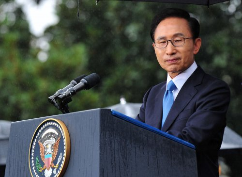 Lee says no hostility toward N. Korea