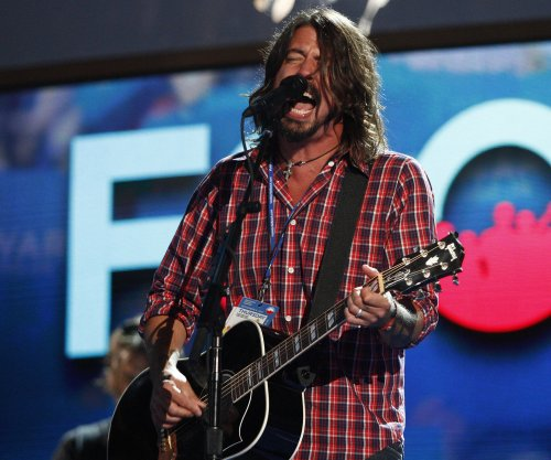 Foo Fighters to play gig for Italian super fans