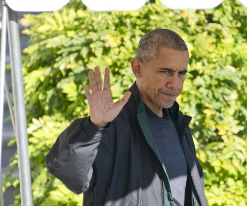Obama vows U.S. borders open to refugees 'as long as I'm president'