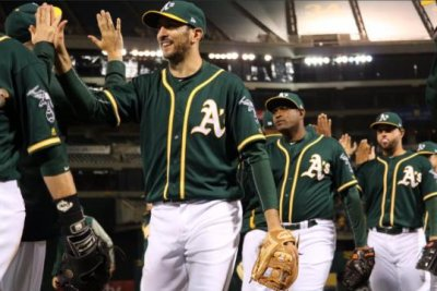 Oakland Athletics' bats wake up to defeat Seattle Mariners
