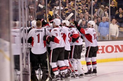 Clarke MacArthur lifts Ottawa Senators to series victory over Boston Bruins