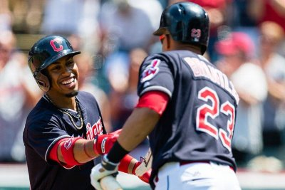 8 was enough as Cleveland Indians rout Seattle Mariners behind big sixth inning