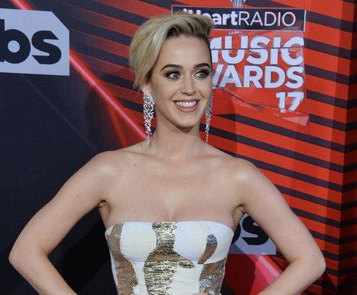 Katy Perry announces fall tour, titles new album 'Witness'
