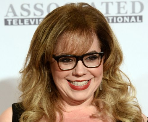 Report: 'Criminal Minds' stars Kirsten Vangsness, A.J. Cook close new deals
