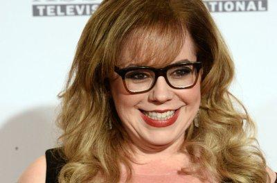 Report: 'Criminal Minds' stars Kirsten Vangsness, A.J. Cook close new deals