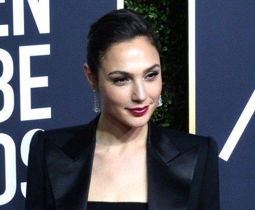 'Wonder Woman' star Gal Gadot named new face of Revlon