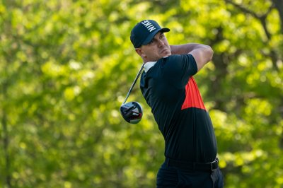 Leader Brooks Koepka bombs 331-yard drive to start second round of 2019 PGA Championship