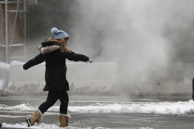 Dramatic freeze-up, snow to come in like polar express