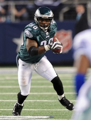 Eagles release RB Brian Westbrook