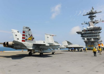 Navy aviation tests combined unmanned, manned operations