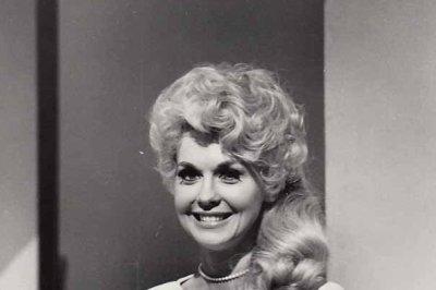 Donna Douglas dies at 82